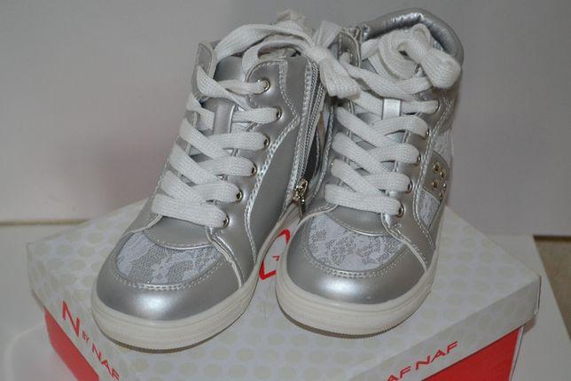 Очень красивые и стильные ботинки (кроссовки)для девочки N BY Naf Naf