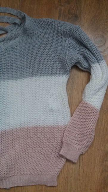 Kolorowy sweter xs