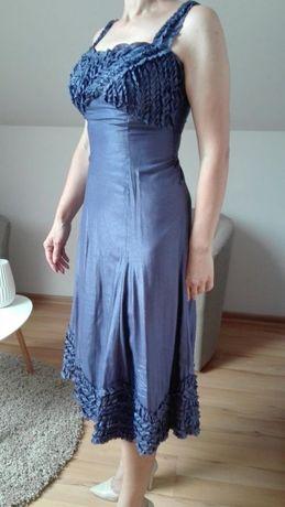 Sukienka,efektowne falbanki