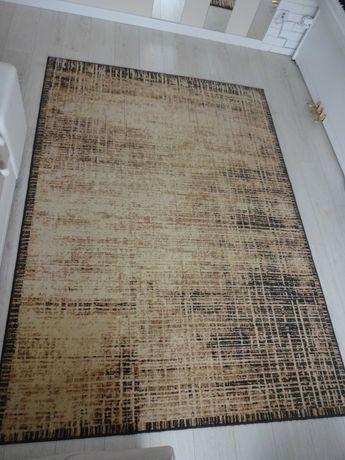 Dywan- wzór nowoczesny