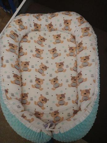Kokon niemowlęcy dla chłopca z motywem MIŚ TEDDY