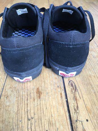 Tênis Vans pretos novos