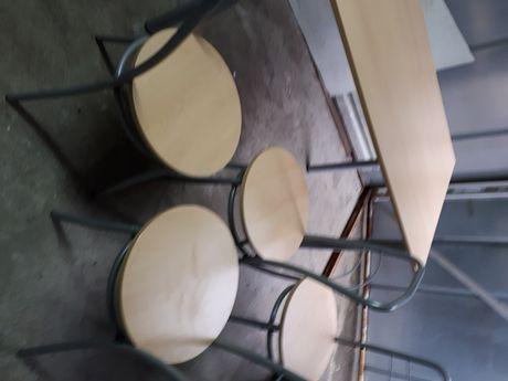 Sprzedam nieużywany komplet stół +4 krzesła