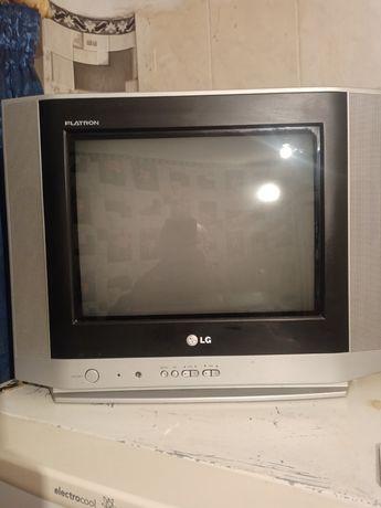Срочно продам телевизор