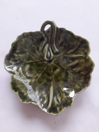 Peça Decorativa em Louça  (  Antiga)