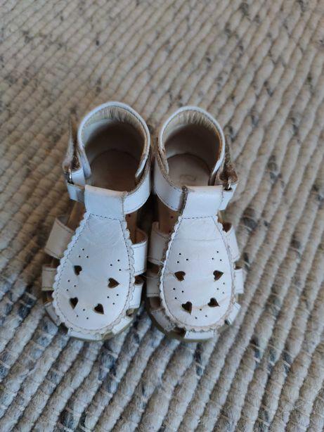Sandałki dziewczęce Emel rozmiar 19