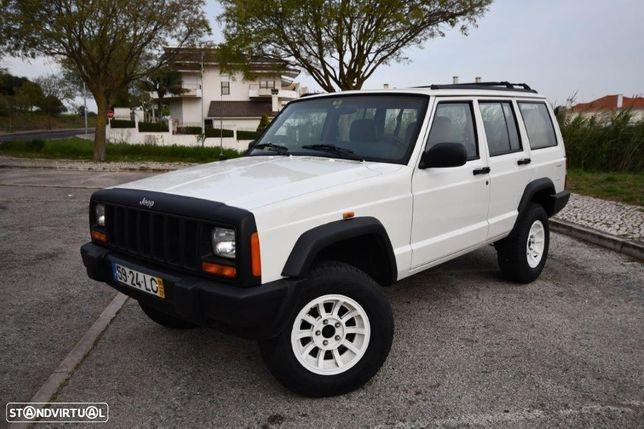 Jeep Cherokee 2.5 TD Sport