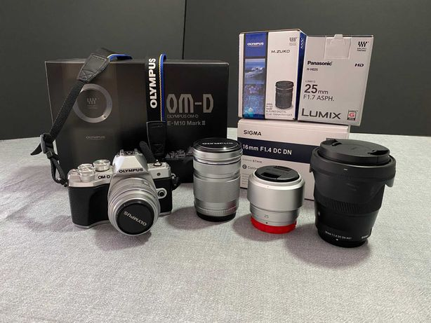 Bundle Máquina Fotográfica - Olympus OM-D E‑M10 Mark III