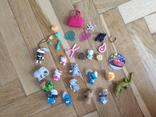 Zabawki - akcesoria do Barbie, Piny Pon, Smerfy, Hello Kitty