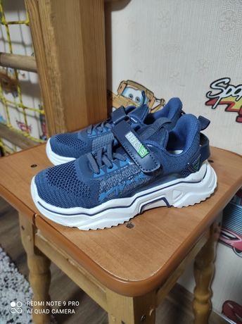 Продам НОВЫЕ кроссовки,30 размер