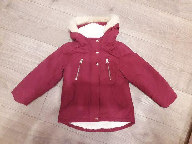 Куртка, курточка на девочку 3-4 года