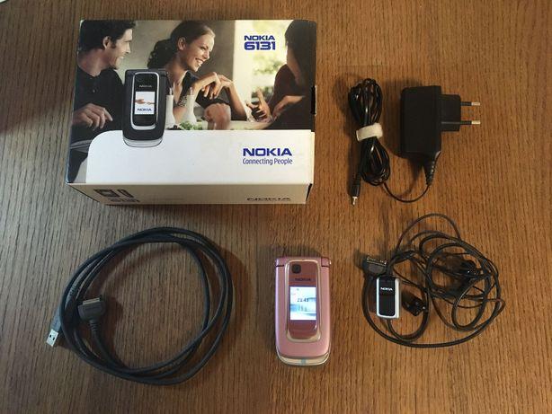 Telefon komórkowy Nokia 6131 + ładowarka + kabel USB + zestaw słuchawk