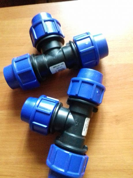 Фитинг (тройник)для пластиковых труб d 25мм