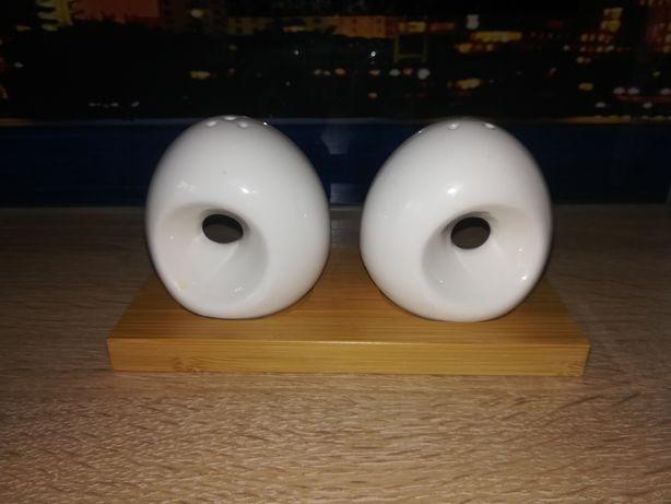 Solniczka i pieprzniczka porcelana i bambus, zestaw przyprawników NOWY