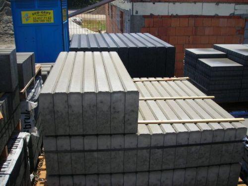 Obrzeże krawężniki obrzeża betonowe opornik kostka brukowa ziemia żwir