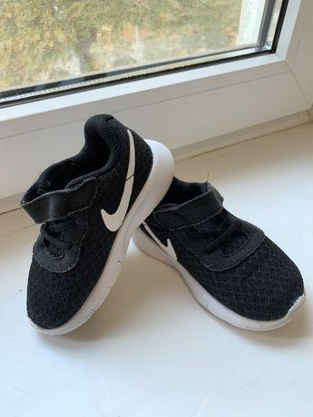Кроссовки  детские adidas ( оригинал ) Размер 21