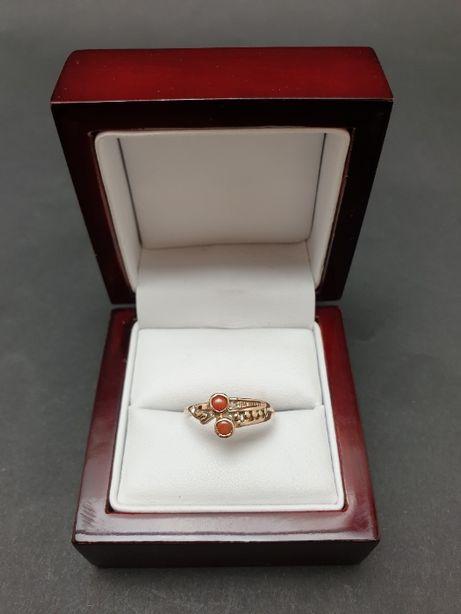 Złoty pierścionek z koralem PR.585 14K 1.33 gr. - ZAPRASZAMY - Ruska38