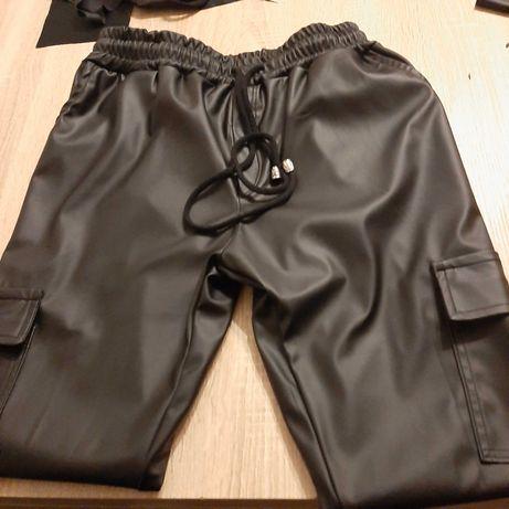Spodnie damskie  z Eco Skóry