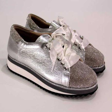 Кроссовки / Кросівки Tucino серебристый 37 , туфли, лофери