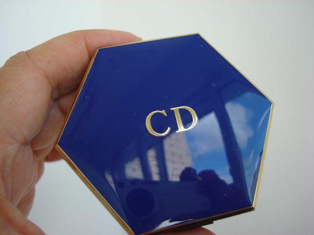 пудра CD/Кристиан Диор, винтаж, бронзовая, футляр 7,5см, сост.новой