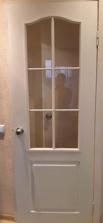 Двери  межкомнатные 900р