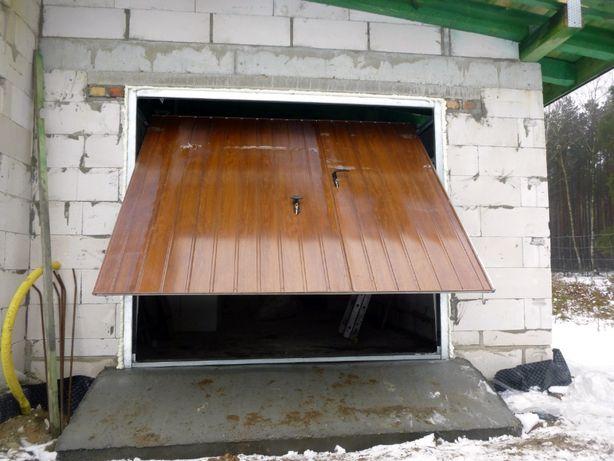 Brama garażowa uchylna BRAMY do muru PRODUCENT dostawa i montaż