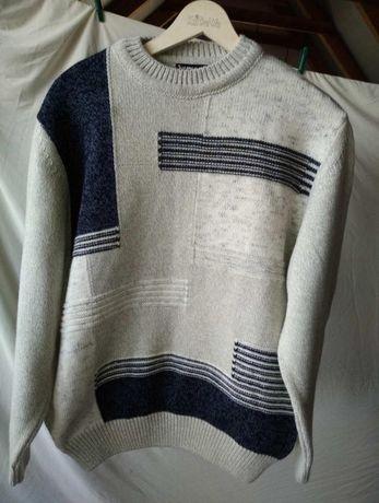 Теплый свитер, размер L, 48 - 50