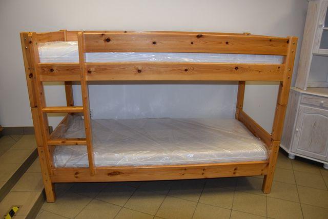 łóżko piętrowe sosnowe z materacami