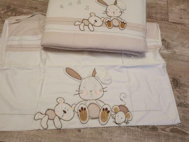 Pościel i ochraniacz do łóżeczka z królikiem