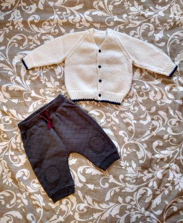 Komplet chłopięcy stylowy sweterek sweter spodnie SMYK