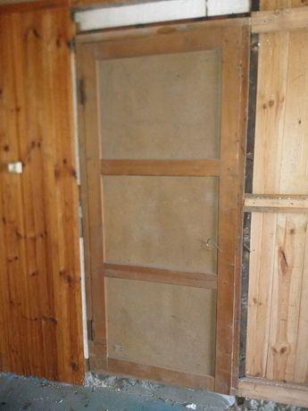 Запорожье. Двери с коробкой. Дерево.