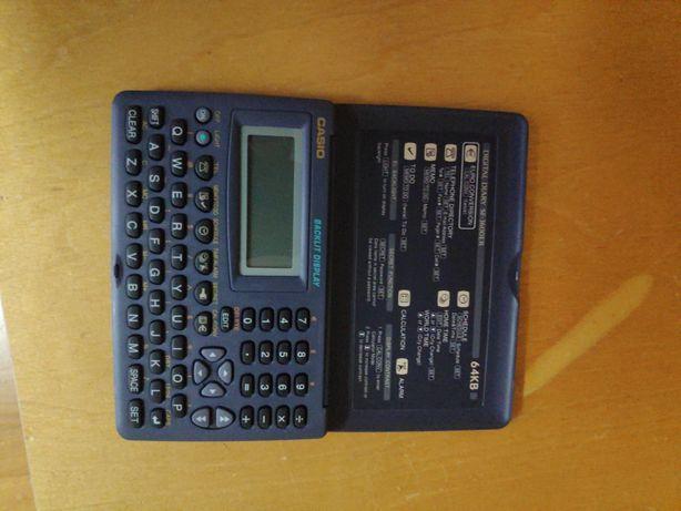 Calculadora / Diário digital retro Casio SF-3600ER 64KB