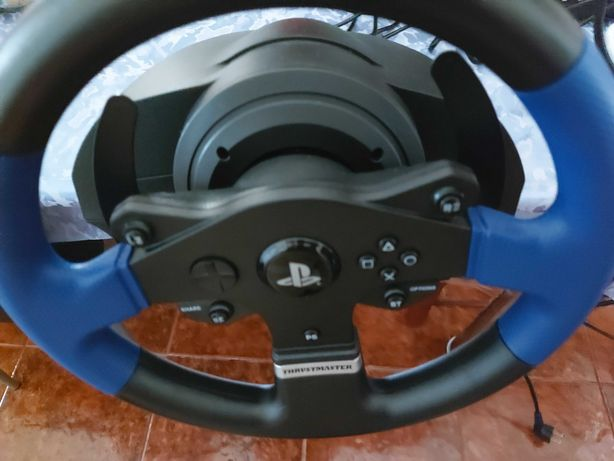 Volante Thrustmaster T150RS