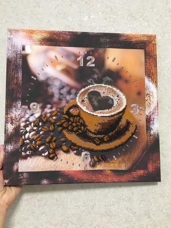 Часы, чашка кофе картина