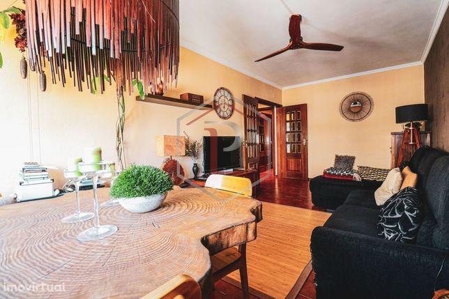 Apartamento T3 em Alfornelos Lisboa
