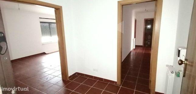 Apartamento T3 Venda em Santa Comba Dão e Couto do Mosteiro,Santa Comb