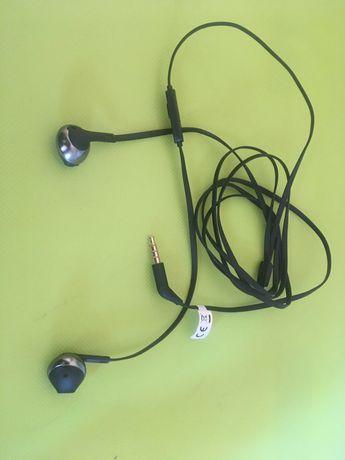 Słuchawki douszne JBL T205, czarne