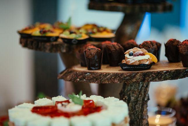 Stojak na ciasta -wesele rustykalny drewno ręcznie robiony lakierowany