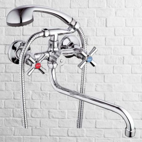Смеситель кран душевая насадка шланг для ванной