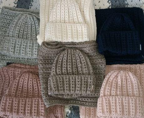 Набор шапка женская вязанная и снуд, зимняя, теплый комплект, шарф