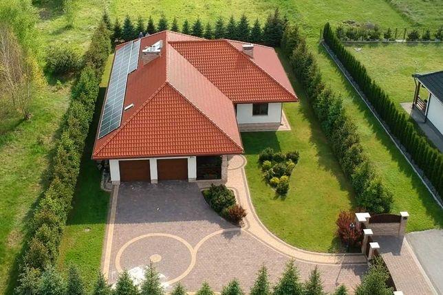 Dom parterowy z dużym tarasem