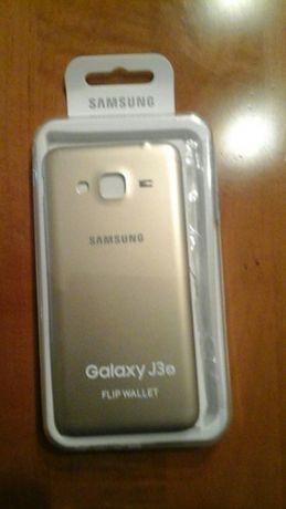 Capa traseira Samsung Galaxy J3 (s) dourada