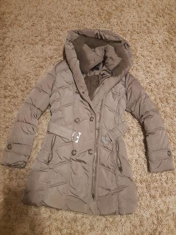 Nowa kurtka plaszcz beżowa ciepła