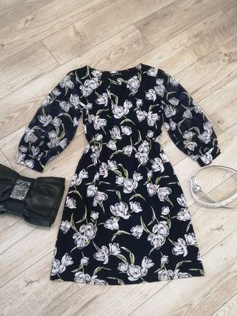 Платье весенние размер Л