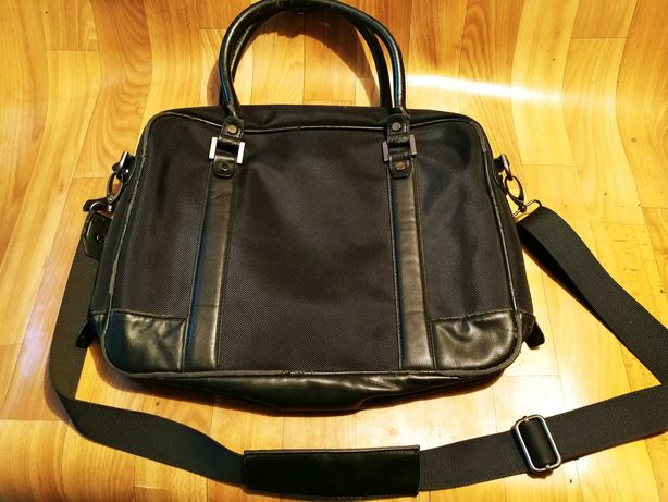 Продам сумку для ноутбука ZARA оригинал недорого