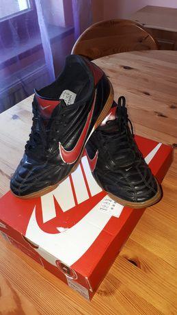 buty Nike 43