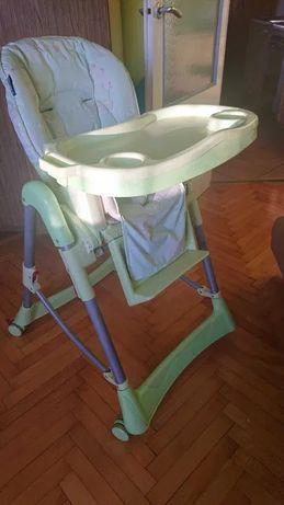 Krzesełko do karmienia dla małego dziecka