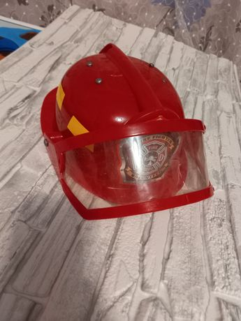 Шлем-каска для дитячих ігор