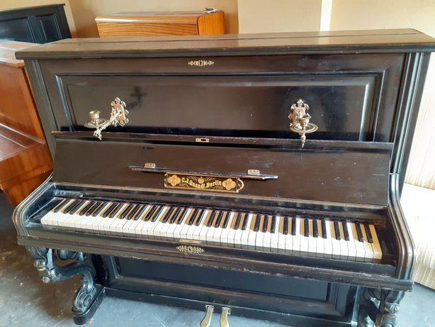 Sprzedam pianino!