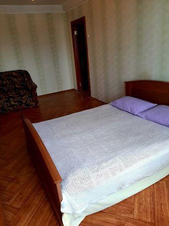 Квартира посуточно, метро Оболонь, 4 минуты от метро.